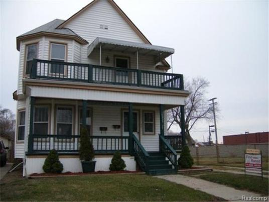 18835_FIVEPOINTS_FRONT_512